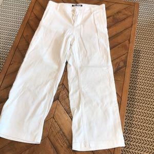 New Joe Fresh white wide-leg cropped jean